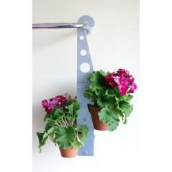 Suspension métallique pour 2 pots d'argiles avec pots et fleurs