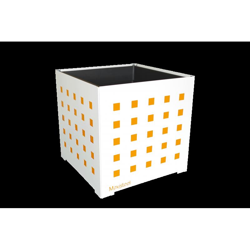 Cache-pot carré blanc avec carrés oranges